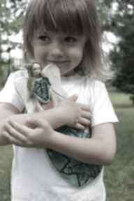 Wiszący wesoły aniołek dla dziecka, chrzest dziecka enio art