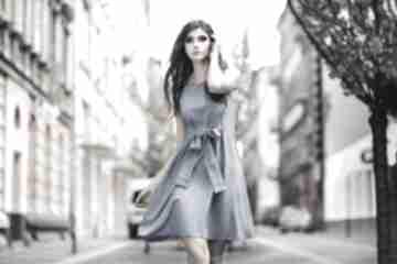Sukienka 2w1 wiązana na kokardę t230, jasnoniebieska sukienki