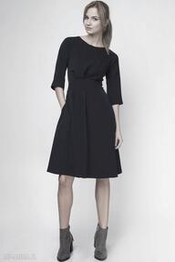 sukienkirozkloszowana elegancka casual taliowana klasyczna