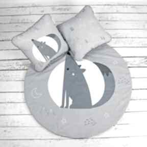 Wilk welurowa mata do zabawy oraz dwie poduszki pokoik dziecka