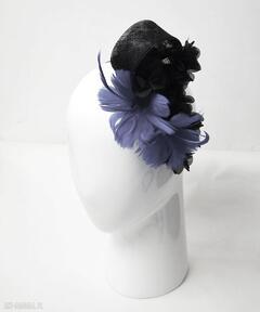 Kobaltowe kwiaty ozdoby do włosów fascynatory fascynator, kobalt