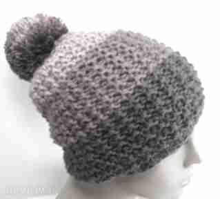 Trójkolorowa czapka z pomponem czapki elma22