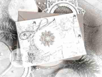 Pomysł na upominek świąteczny. Piękna kartka na święta bożego