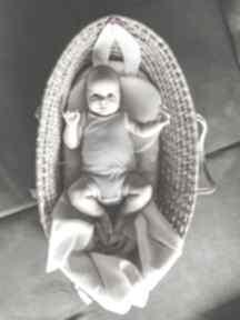 Beżowy kocyk i poduszka wafel by libou pokoik dziecka handmade