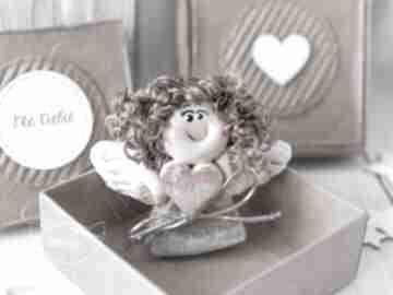 Aniołek stróż z kartką w mini pudełeczku przeurocza alternatywa