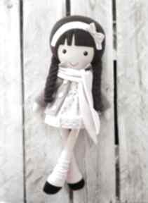 Malowana lala patrycja z szalikiem lalki dollsgallery lalka