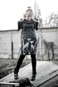Spódnica ołówkowa z autorskim wzorem spódnice gaul designs