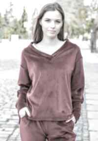 Modna luźna oversize bluza welurowa kolor bordowy lona sportowe