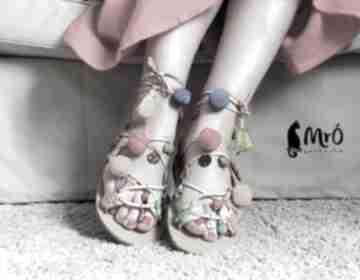 Kolorowe rzymianki zdobione ręcznie buty mrosoutache sandały