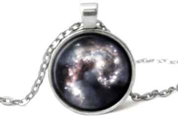 Nebula medalion łańcuszkiem kosmiczna galaxy spirala prezent