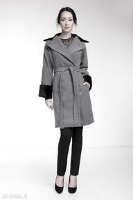 Płaszcz leonor płaszcze pawel kuzik kimonowy, kopertowy, futerko