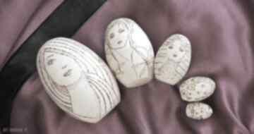 Matrioszka melancholijna - ręcznie wypalana laleczka lalki
