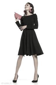 Elegancka rozkloszowana sukienka z dzianiny, t287, czarny