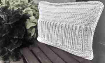 Poducha w stylu boho z frędzlami poduszki splociarnia poduszka