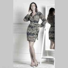 Livia Clue. sukienka-mini dopasowana-sukienka kopertowy-dekolt