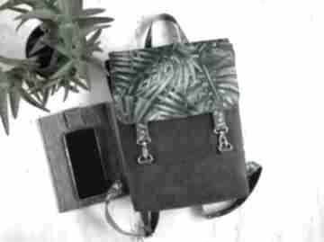 Plecak w liście palmy fabrykawis na laptopa, damski plecak