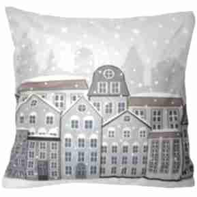 Upominek na święta. Poduszka dekoracyjna zima w mieście poduszki