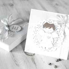 Kartka na chrzest lub komunię - w pudełku scrapbooking kartki po