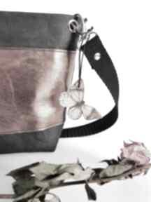 Listonoszka z papieru mini zapetlona nitka listonoszka, czarna