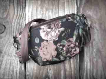 Nerka mini kwiaty zapetlona nitka kwiaty, czarna, torebka