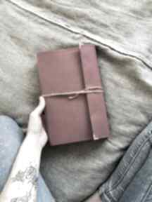 Dresiara: okładka na książkę