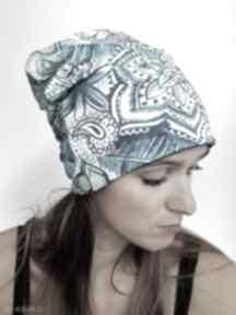 Czapka indygo czapki katarzyna staryk wzór kwiatowy, bawełniana