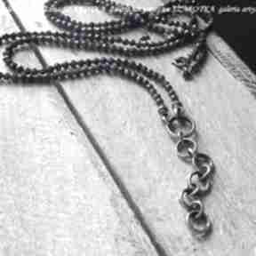 Granatowa elegancja naszyjnik z lapisu i srebra naszyjniki