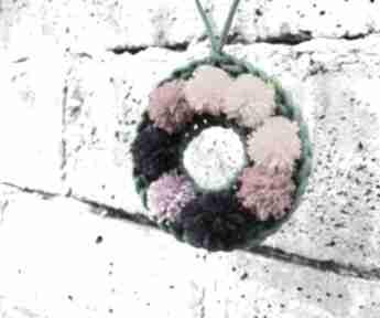 Wianuszek wieniec dekoracja pompony dekoracje zaamotanazofja