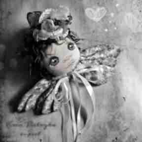 Portret anioła - dekoracja tekstylna na ścianę dekoracje e piet