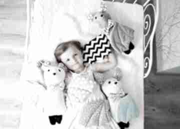 Przytulanka dziecięca nietoperz w muszce 3 kolory maskotki