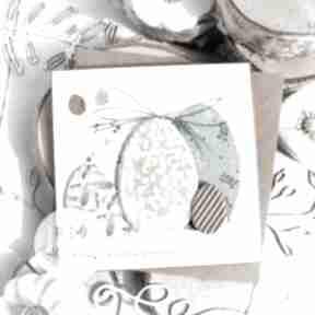 Pomysł na prezent pod choinkę! Subtelna kartka wielkanocna święta