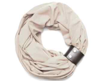 Komin tuba szal damski z zapinką miodowy, bawełniany, pomysł