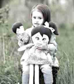 Lalka szmacianka kalinka opis pudełko lalki ateliermalegodesignu