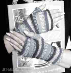 """Mitenki """"gąsienniczki """" w tonacji niebieskiej rękawiczki jaga11"""