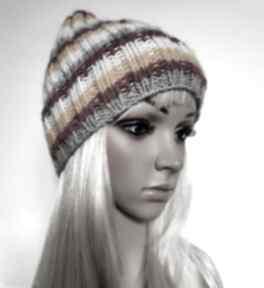 Jesienne kolory - ciepła czapka, ściągacz czapki samantha paski