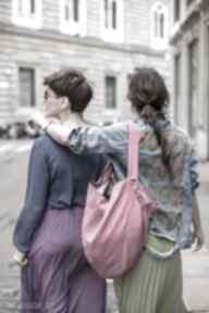 na ramię. różowa-torebka torba-fuksja worek-fuksji