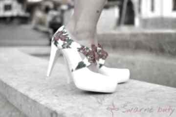 Ślubne góralskie szpilki ślub swarne buty folk, ludowe