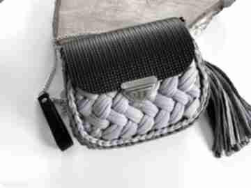 Szydełkowa torebka fancy puff na ramię fabryqaprzytulanek