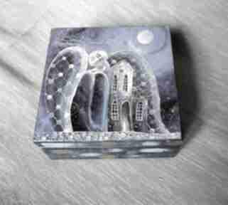 """Szkatułka """"dom to miejsce, gdzie zaczynają się """" pudełka marina"""