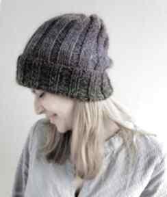 Lekka czapka z merino czapki the wool art na drutach, ciepła
