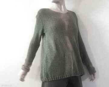 Sweter wełniano jedwabny w oliwce z kapką pomarańczu swetry anna