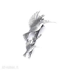 Dwa kolibry na gałązce - broszka srebrna broszki venus galeria