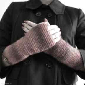 Mitenki w czerwieniach dodatki barska mitenki, rękawiczki