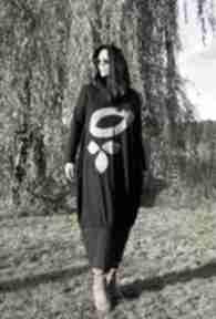 Czarna sukienka z liśćmi sukienki ququ design maxi sukienka
