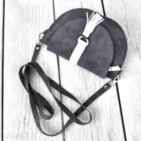 Skórzana torebka dla dziewczynki - granatowa mini beltrani