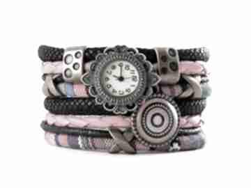 Zegarek - bransoletka w stylu boho, kolorowy z zawieszką zegarki