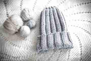 Czapka handmade jasnoniebieska czapki hermina hand made, damska