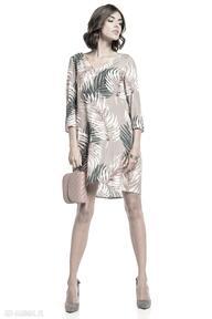 Elegancka sukienka z kontrafałdą na plecach, t325, liście