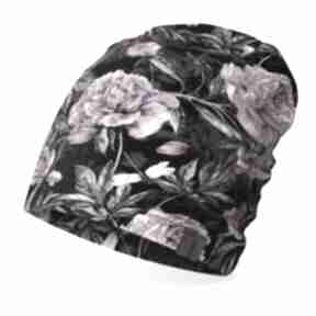 Czapka w różowe kwiaty, lekka, cienka bawełniana wiosenna