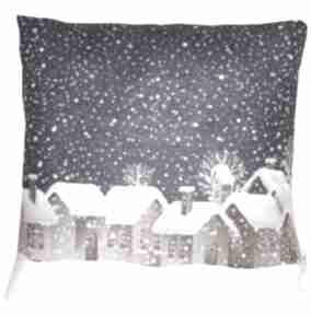 Pomysł na prezent pod choinkę. Poduszka zimowa wzór 8 poduszki
